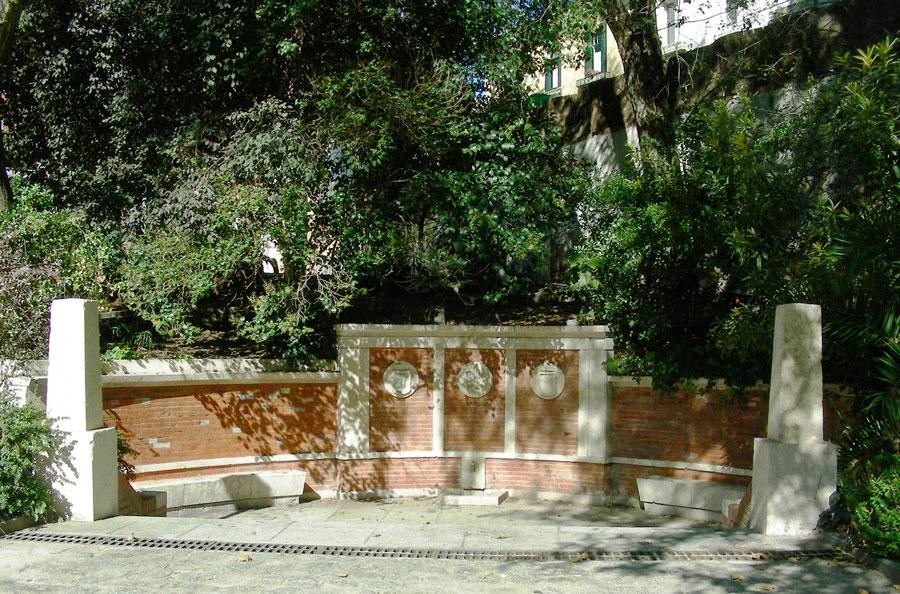 Rboles de madrid gingko de la fuente del berro for Piscina fuente del berro
